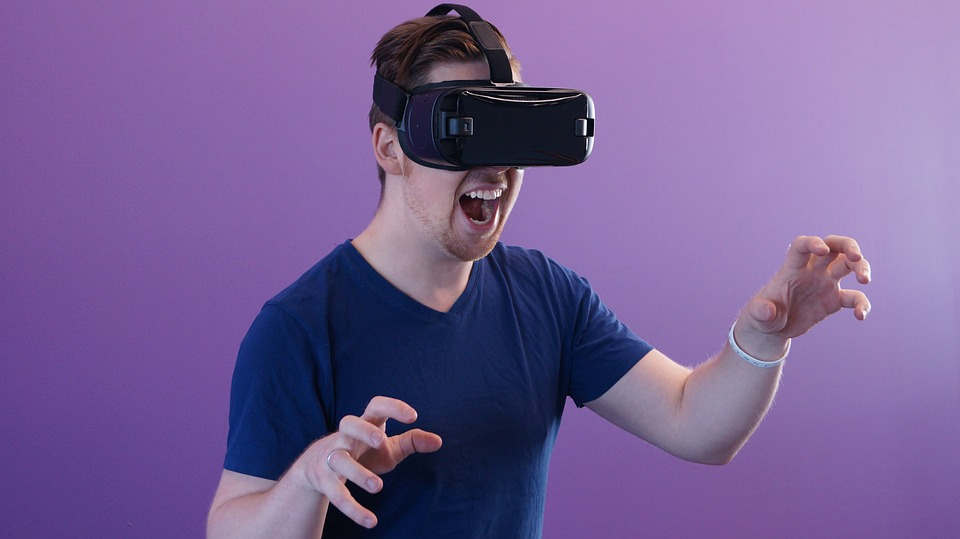 What is VR headset oculus rift - How does vr work